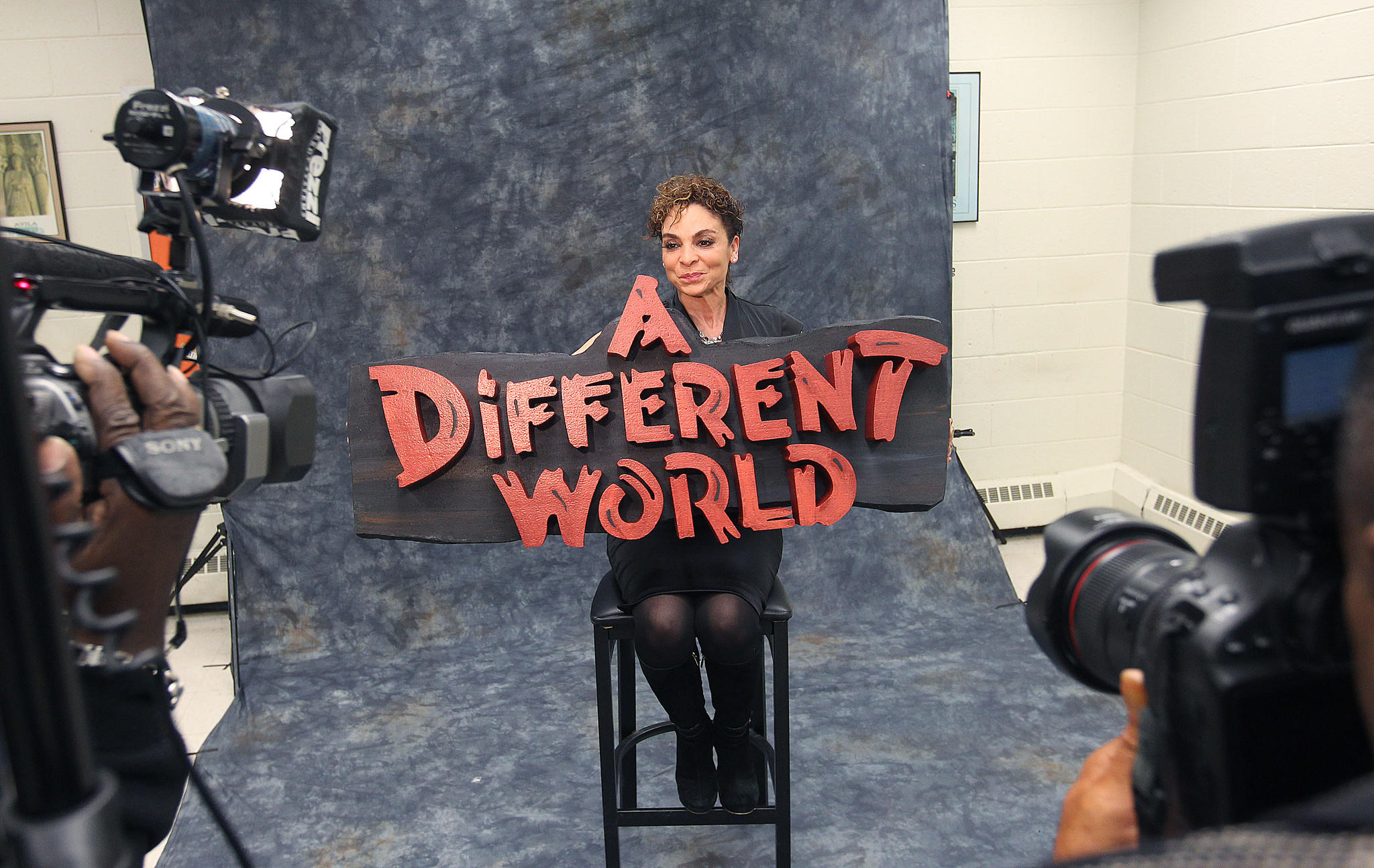 "Jasmine Guy, star of the 1980 sit-com ""A Different World"", poses for photos before a black history month event at Thomas Nelson Community College Friday evening."