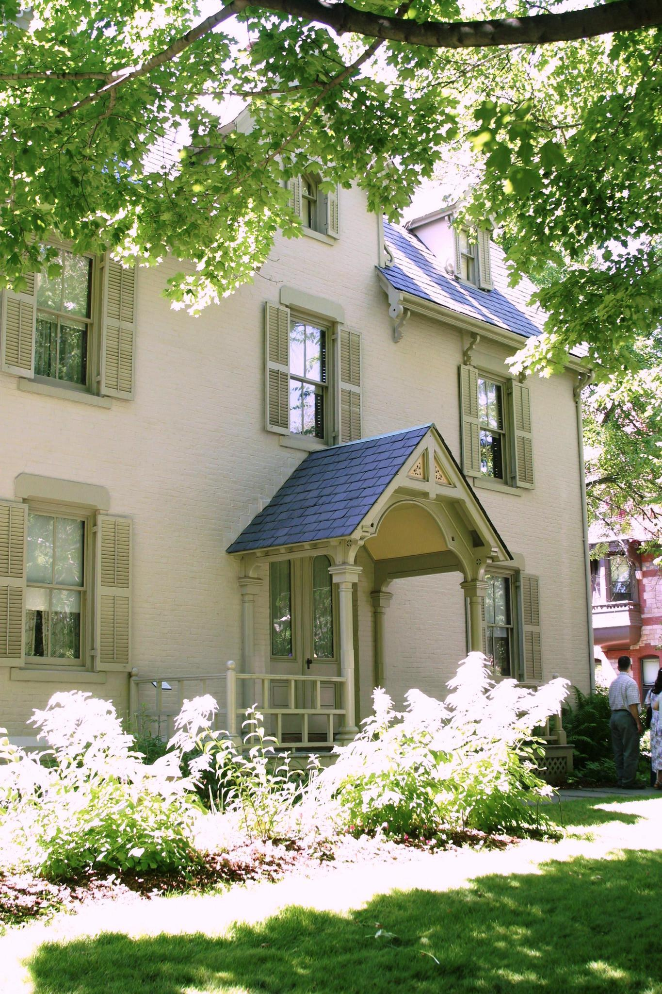 The Harriet Beecher Stowe Center offers free Saturday tours for Hartford residents.