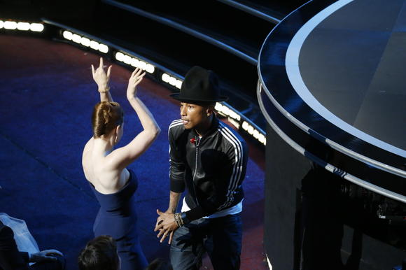 Oscars 2014: In song category, 'Let It Go' beats out tough competition, including U2, Pharrell Williams and Karen O
