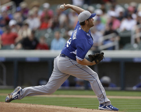 Dodgers ace Clayton Kershaw pitches against the Arizona Diamondbacks on Wednesday in Scottsdale, Ariz.