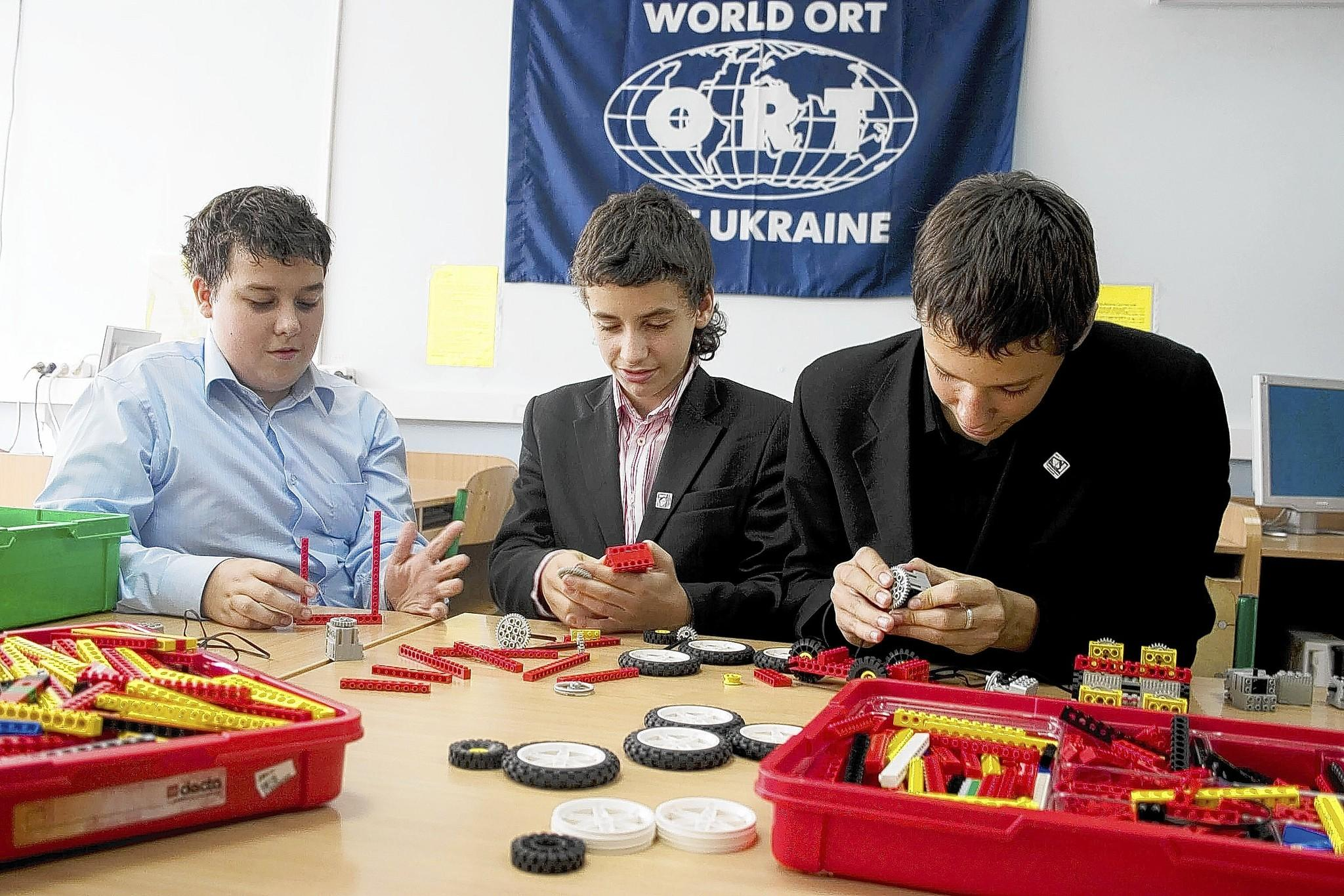 Education moves forward in one of the classrooms in World ORT's Ukraine schools despite the country's current crisis.