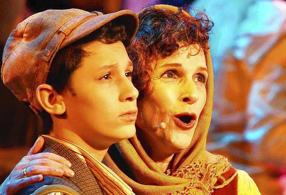 "Melissa and David Jacobson in ""Rags,"" running now through March 16 at Plaza Theatre in Manalapan."
