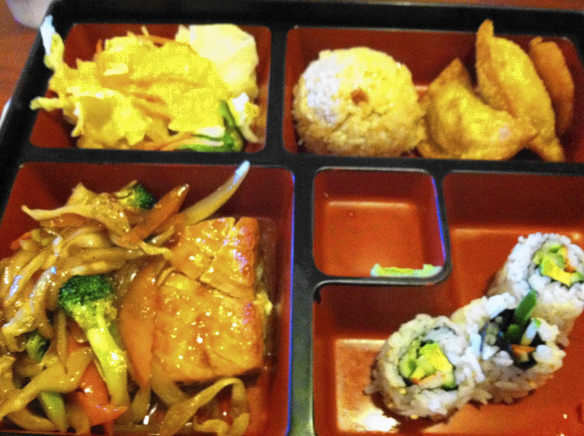 Food Find: Salmon Lunch Box at Mona's korean Restaurant