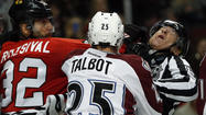 Photos: Avalanche 4, Blackhawks 2