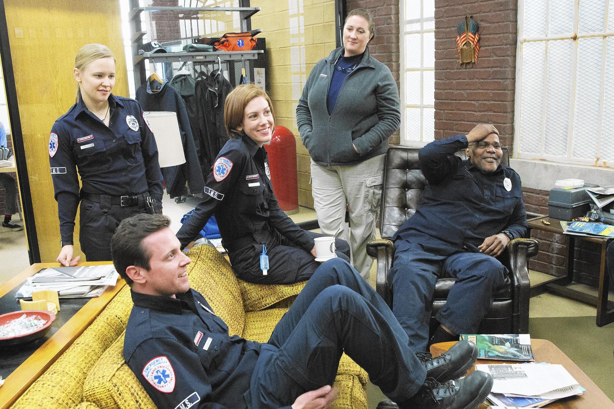 "(L to R) Kelly O'Sullivan, Michael Mosley, Maura Kidwell, Kirsten Fitzgerald and Bill Nunn in ""Sirens."""