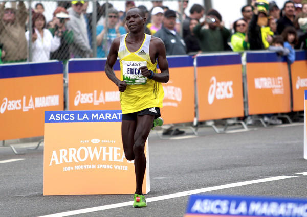 Erick Mose heads to the finish line to earn the victory in the 2013 Asics L.A. Marathon.