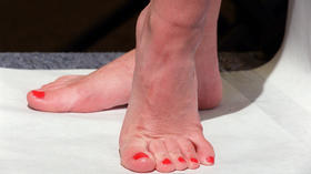 When do I reveal my foot fetish?