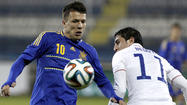 Emotional Ukraine team beats a sloppy U.S., 2-0, in World Cup tuneup