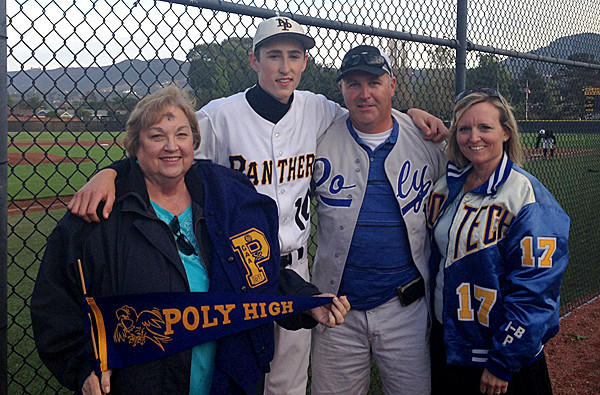 La Sp Vi Baseball The Nealon Family Gets Happy Finish For Newbury Parkpoly Rivalry 20140305 0 1492635 together with Plunging Necklines Looks Low Cut Trend additionally  on oscar pistorius aunts