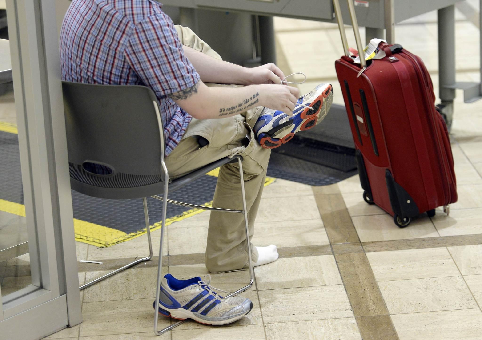 United Cracks Down On Carry On Bag Size Tribunedigital