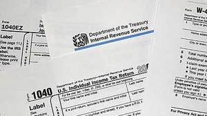 Taxpayers face long waits, conflicting information when trying to recover from identity theft