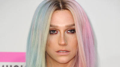Kesha — not Ke$ha — returns from rehab after two months