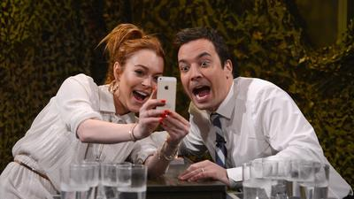Lindsay Lohan on 'Tonight': Talks Oprah, 'Mean Girls,' plays water war