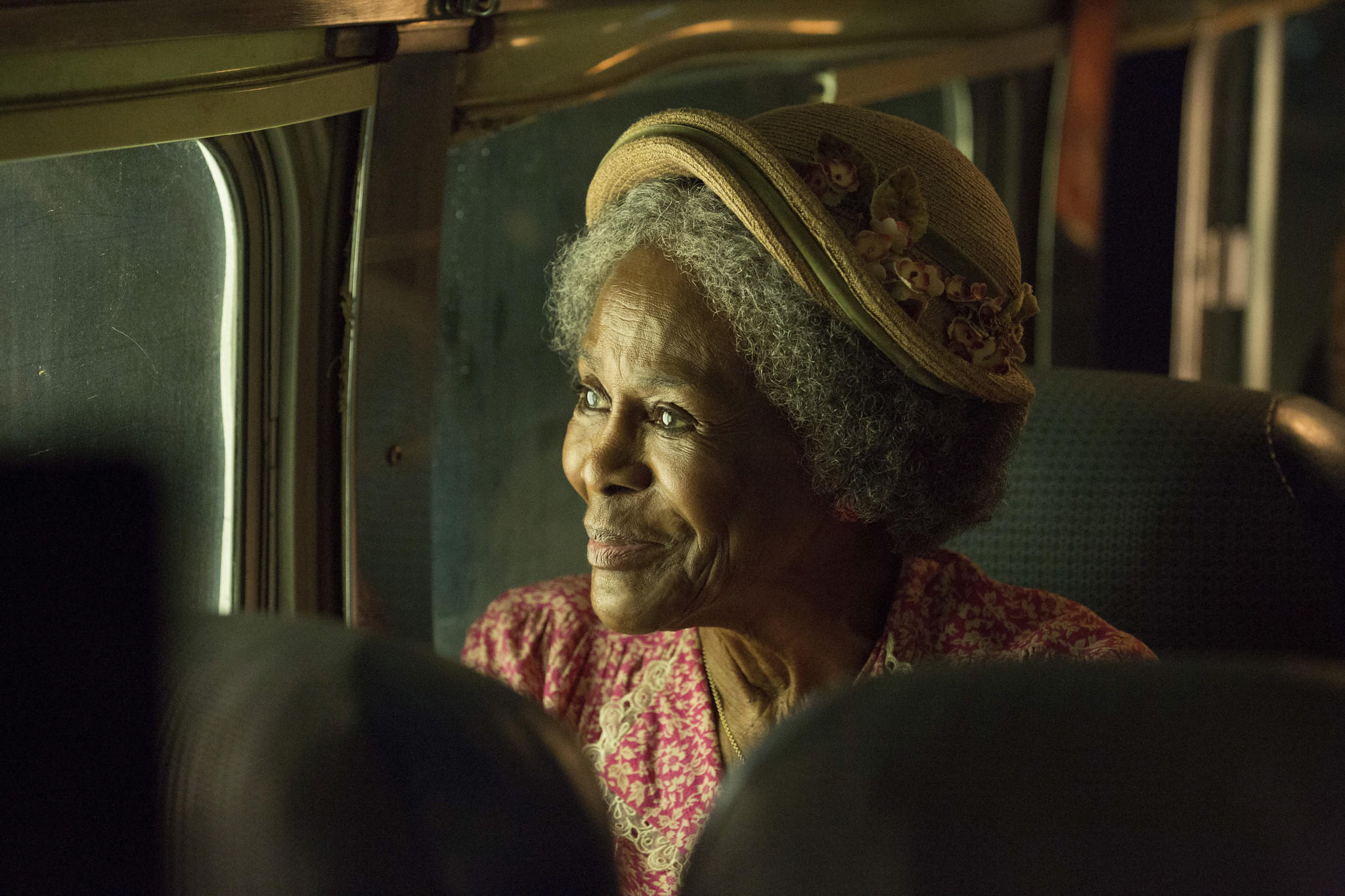 "Cicely Tyson stars ""The Trip to Bountiful."""