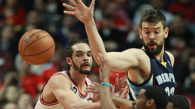 Bulls Game Day: Lead Grizzlies at half