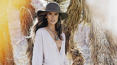 Brazil meets Malibu in Alessandra Ambrosio boho chic collection