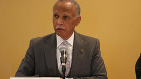 Chicago State president's salary reduced