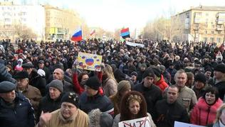 Thousands of pro-Russians rally in Ukraine's Donetsk
