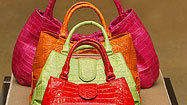 Major retailers agree to limit lead in handbags