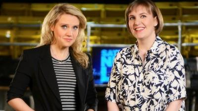 Lena Dunham bares it all for 'SNL'