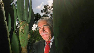 Ramon Eduardo Ruiz
