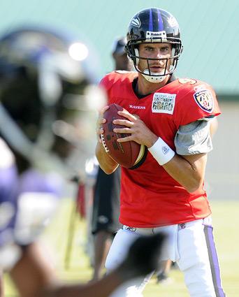 "Quarterback <a class=""taxInlineTagLink"" id=""PESPT000971"" title=""Marc Bulger"" href=""/topic/sports/marc-bulger-PESPT000971.topic"">Marc Bulger</a>, who signed with the Ravens as a free agent in June, runs through passing drills."