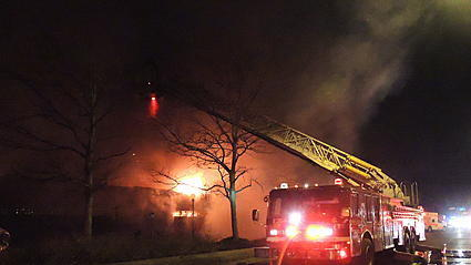 Raw video: Irving Park fire
