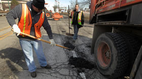 Emanuel wrestling with pothole problem