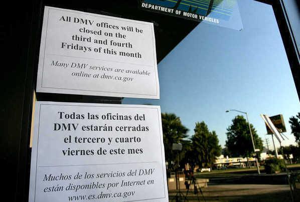 Photos furloughs close dmv offices la times for Department of motor vehicles glendale ca