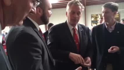 Governor McAuliffe Visits Isle of Wight