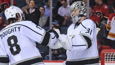 Kings defeat Calgary Flames, 3-2, for eighth straight win