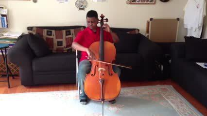 Sterling Elliott, teen cellist