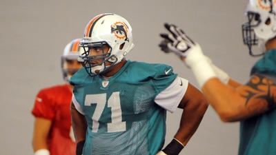 Miami Dolphins trade Jonathan Martin to the 49ers