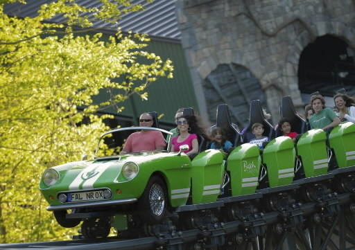 Busch Gardens Offers Pass Holders A Free Ticket Daily Press