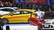 Photos: Scenes from the 2010 L.A. Auto Show