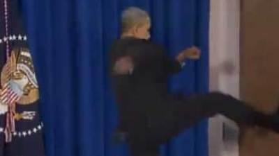 & Tonight Show clip: Obama kicks in door - Chicago Tribune pezcame.com