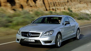2012 Mercedes-Benz CLS 63 AMG: Efficiency and performance in a breathtaking package
