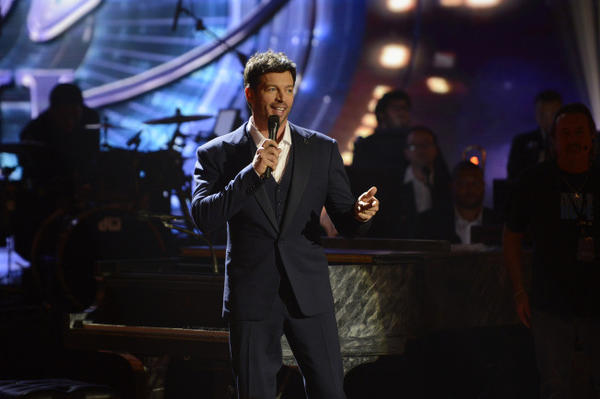 "Harry Connick Jr. performs on ""American Idol."""