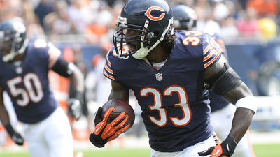 Bears sign Tillman to one-year deal