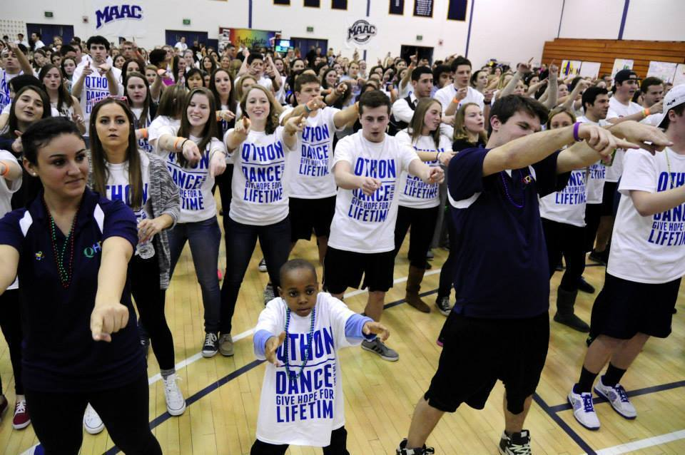 Quinnipiac University's QTHON, a six-hour dance marathon that included 583 participants, raised $31,174 for Connecticut Children's Medical Center in Hartford. The event was held March 1 at Burt Kahn Court.