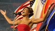 Jazz/soul singer Nicole Henry keeps body, voice in peak condition