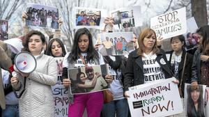 Obama calls on Homeland Security to ease deportations