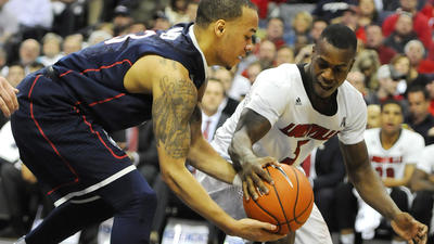 LIVE UPDATES: UConn Men Face Cincinnati In AAC Semis