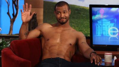 Isaiah Mustafa strips off shirt for Ellen - RedEye Chicago