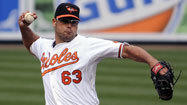 Orioles' Gregg hangs on to closer's role