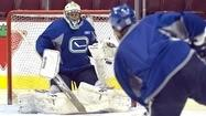 Canucks confident in Luongo for Game 7