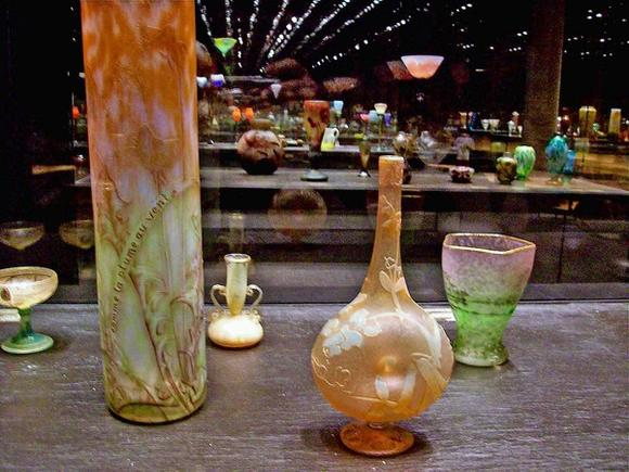 Daum and Galle glass on display at the Musee de l'Ecole de Nancy.