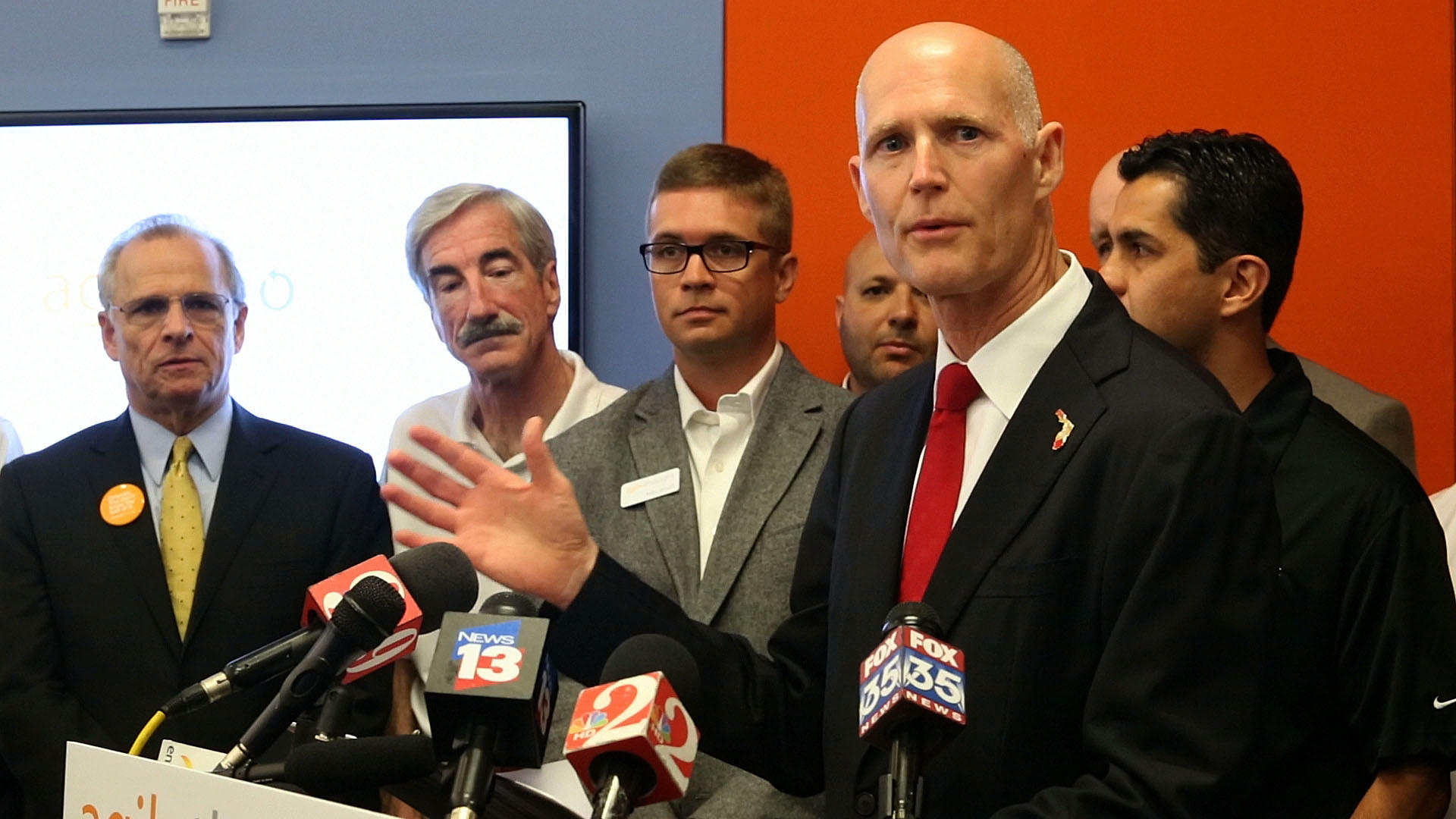 Florida's unemployment rate dipped to 6.1 percent in January, as the state added almost 193,000 jobs over the last 12 months, Gov. Rick Scott said Monday, March 17, 2014 at AgileThought a business expanding in downtown Orlando.