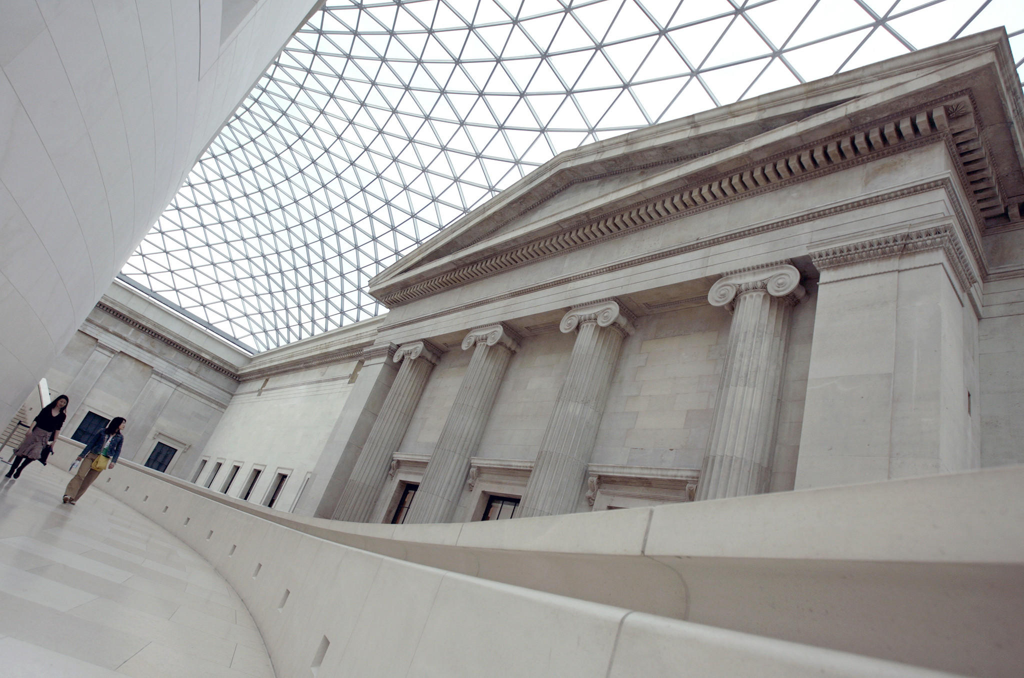 The Great Court of the British Museum is seen in London April 11, 2007. Researchers from Durham University and the British Museum discovered the evidence of tumours that had developed and spread throughout the body in a 3,000-year-old skeleton found in a tomb in modern Sudan in 2013.