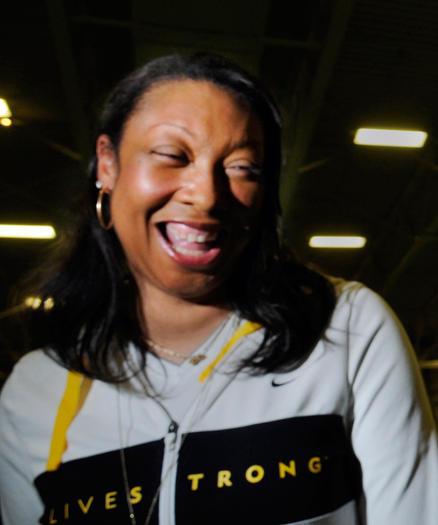Muriel Hurley, en el 35to Torneo Doc Hurley Clsico de Baloncesto Anual. (Stephen Dunn, Hartford Courant / 17 de diciembre de 2009)
